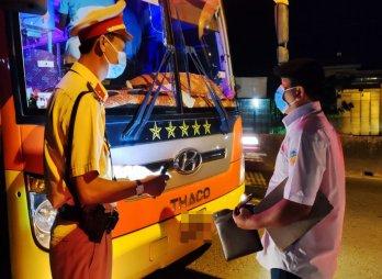 Tiếp tục tạm dừng hoạt động vận tải hành khách bằng xe ô tô trên địa bàn tỉnh Long An